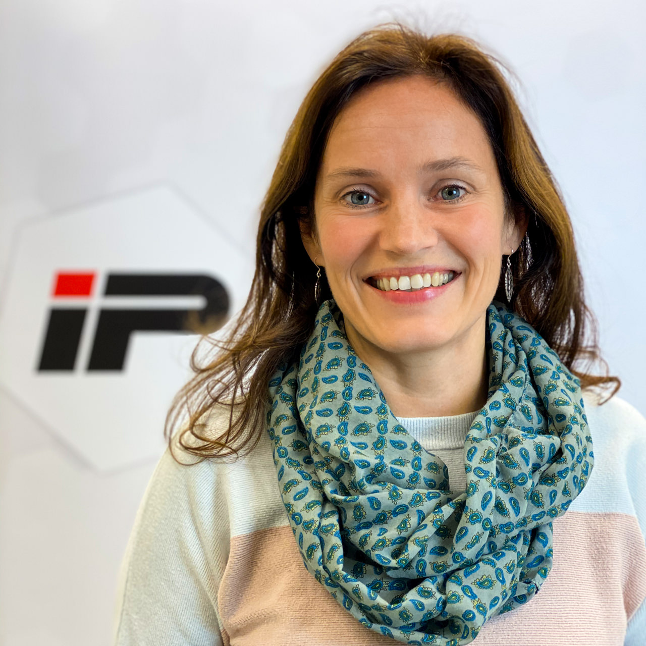 Wir begrüßen Karola Ledeboer bei IP